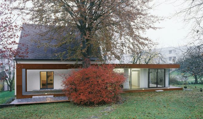 X-ARCHITEKTEN-Folded-Corten-House