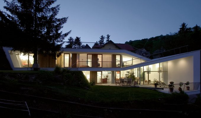 X-ARCHITEKTEN-Folded-House